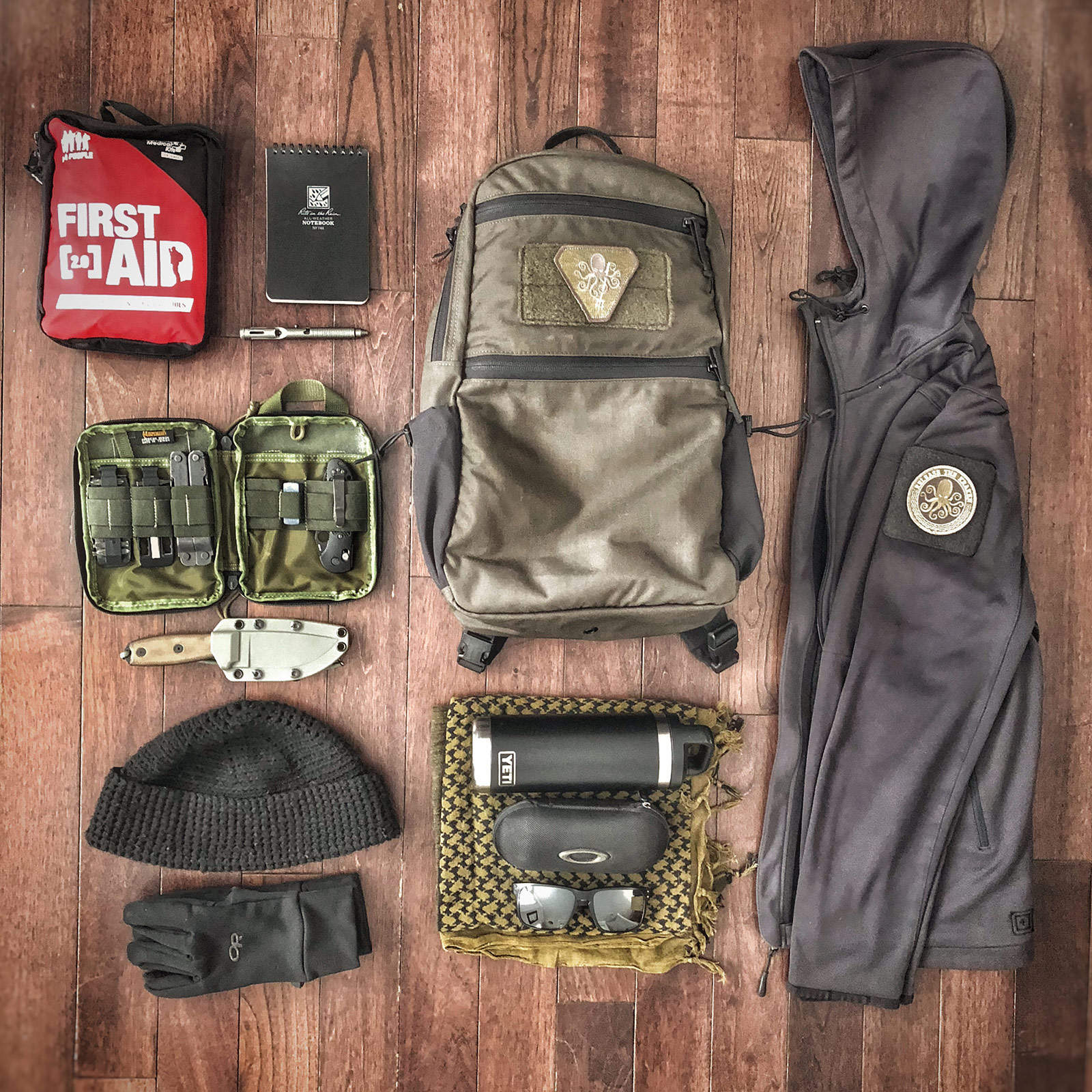 Loadout: MAS Grey pack IMG_1058