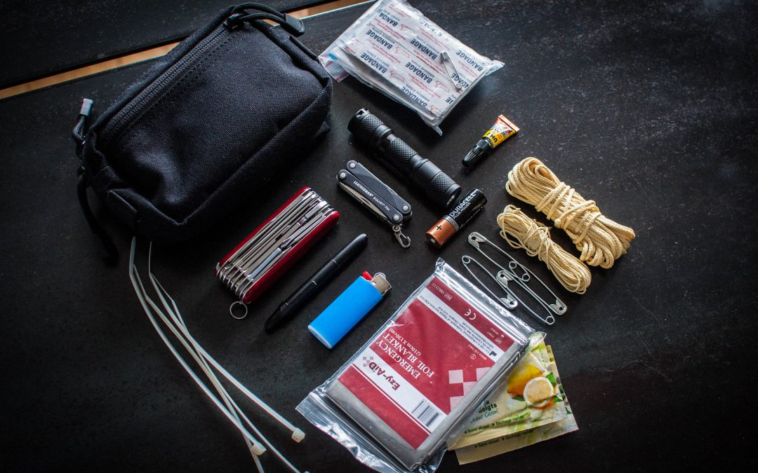 Assembling an EDC Kit